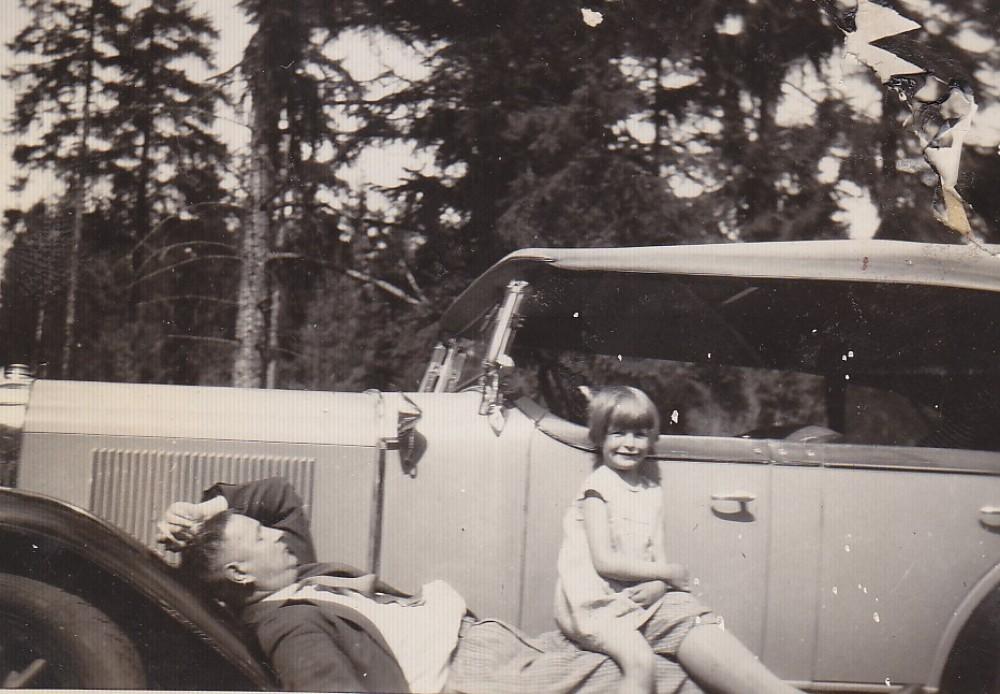 Su dukra Dalia. Palanga, apie 1928 m.