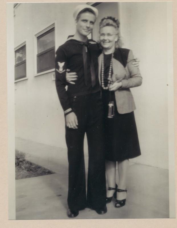 Su mama. 1946 m.