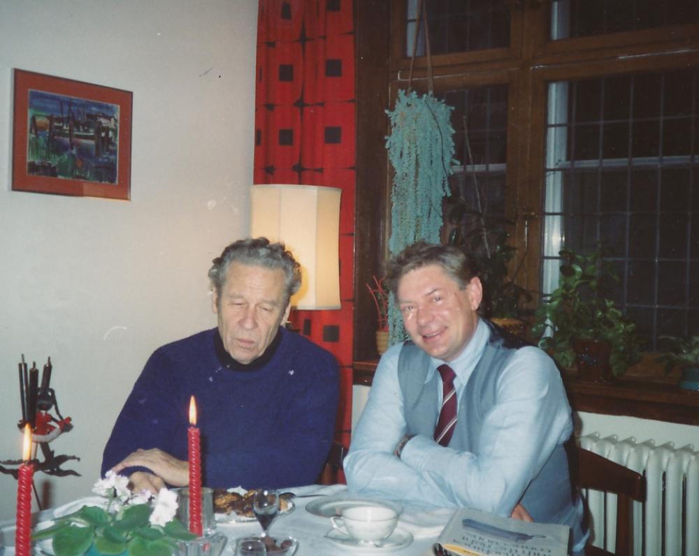 Su poetu Henriku Nagiu viešnagės kritiko Vytauto Aleksandro Jonyno namuose Monrealyje. Kanada, 1989 m.