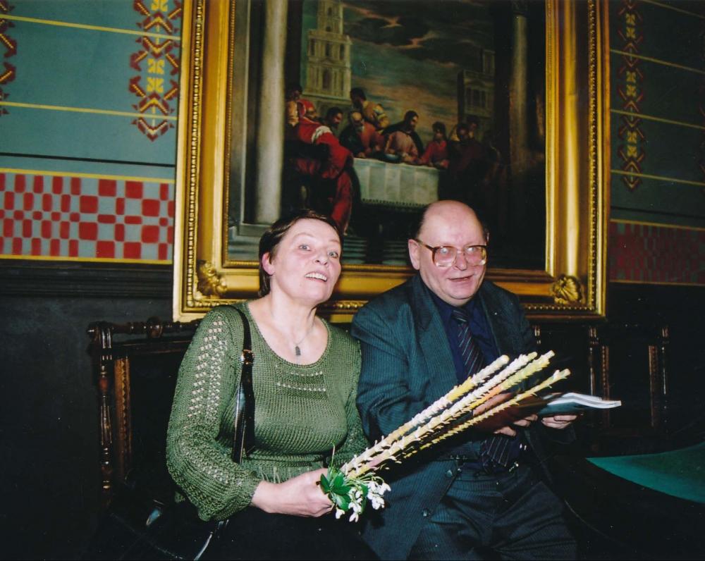 Su žmona Janina po poezijos vakaro Maironio lietuvių literatūros muziejuje. 2004 m. Z. Baltrušio fotografija