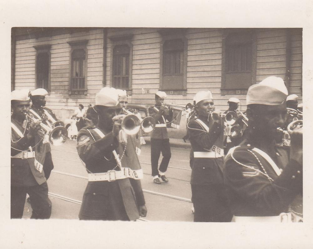 Šventinės eisenos muzikantai. Brazilija, apie 1946–1950 m.