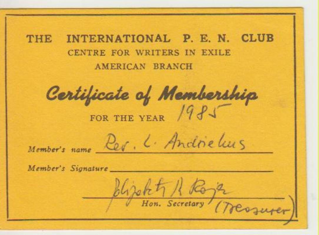 Tarptautinio Pasaulio rašytojų klubo (P.E.N.) pažymėjimas, išduotas L. Andriekui. 1985 m.