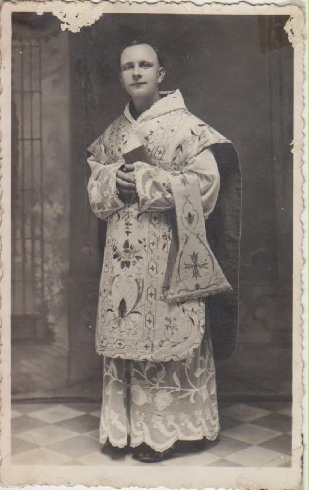 Tėvas Leonardas Andriekus. Milanas, 1940 10 02