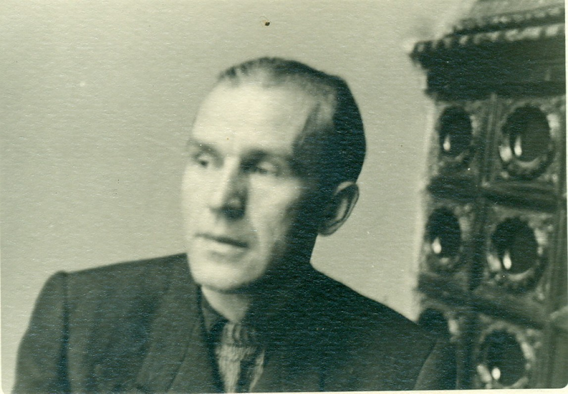 V. Miliūnas. Vilnius, 1948 m. B. Jauniškio nuotrauka