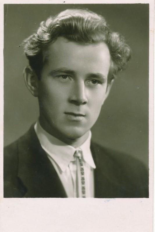 Valstybinės konservatorijos teatrinio fakulteto studentas. Apie 1959 m.