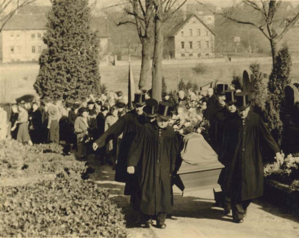 Vydūno laidotuvės Detmolde. 1953 m. vasario 20 d.
