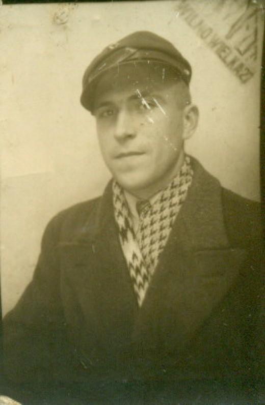 A. Žukauskas. 1936 m.