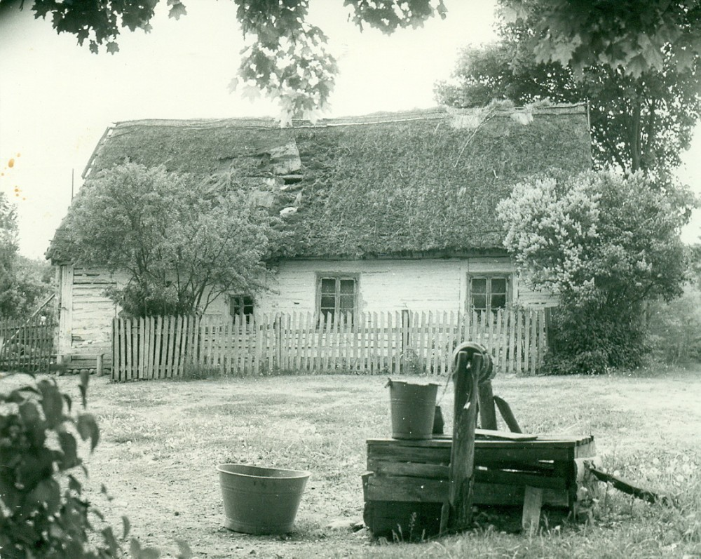 A. Žukausko gimtoji troba. Bubeliai, 1959 m. Nuotrauka A. Žukausko