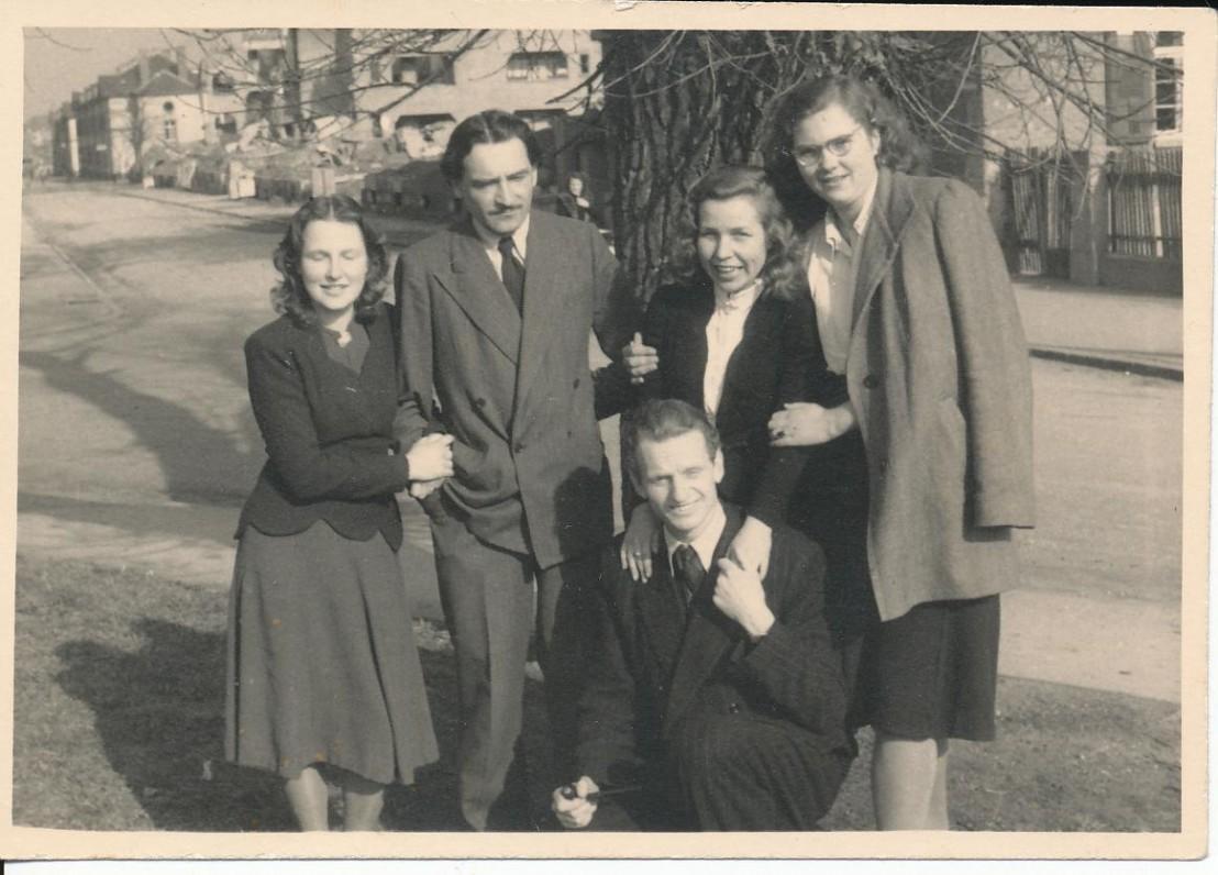 D. Kaupienė, M. Katiliškis, Z. Nagytė, O. Stikliūtė, J. Kaupas. Freiburgas, 1949 m.