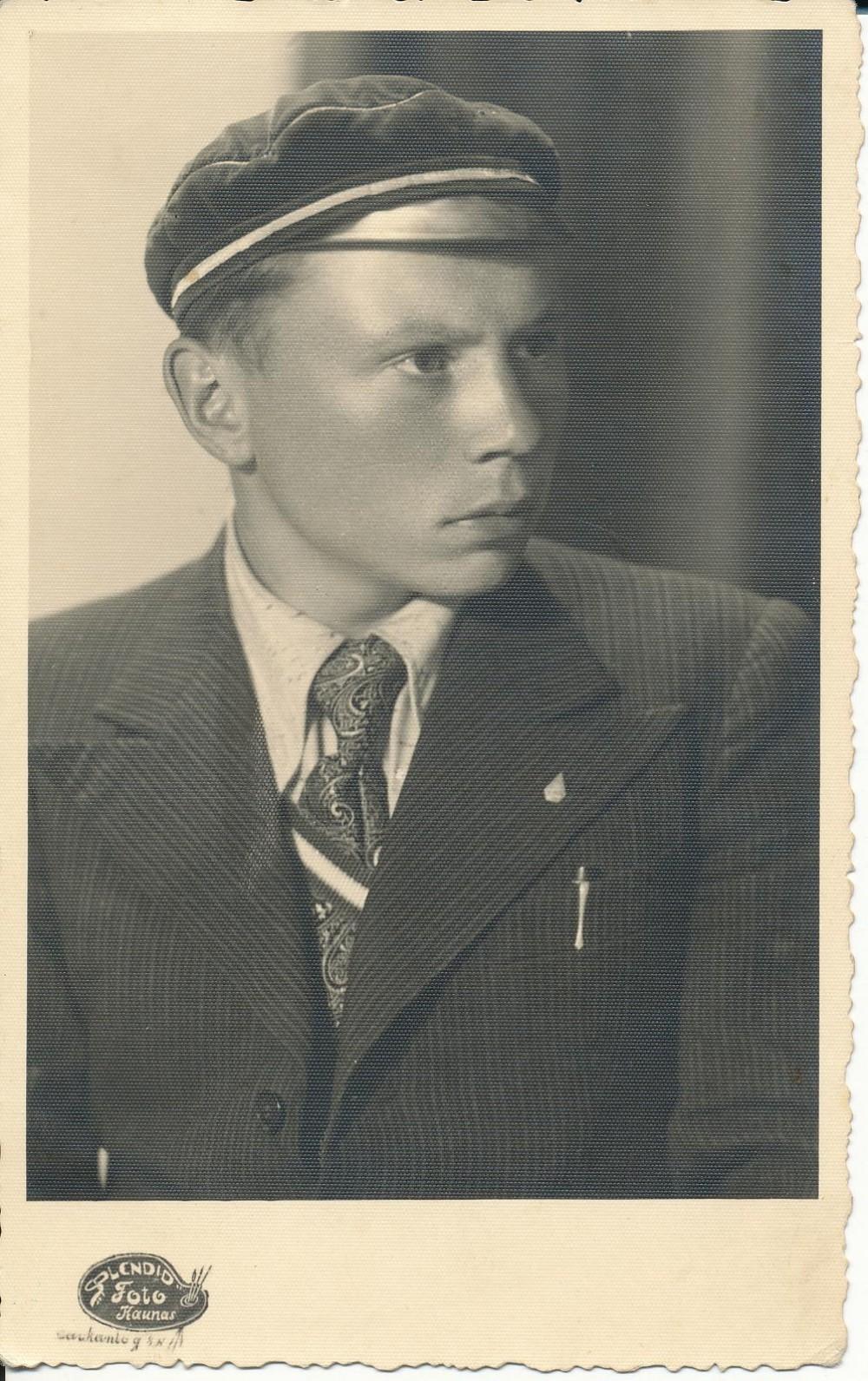 K. Bradūnas – Vytauto Didžiojo universiteto studentas. Kaunas. 1939 m.