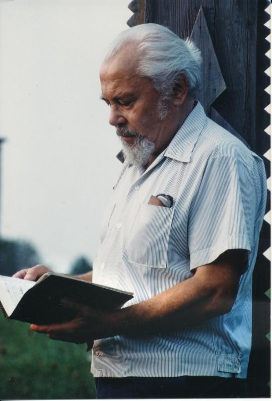 K. Bradūnas