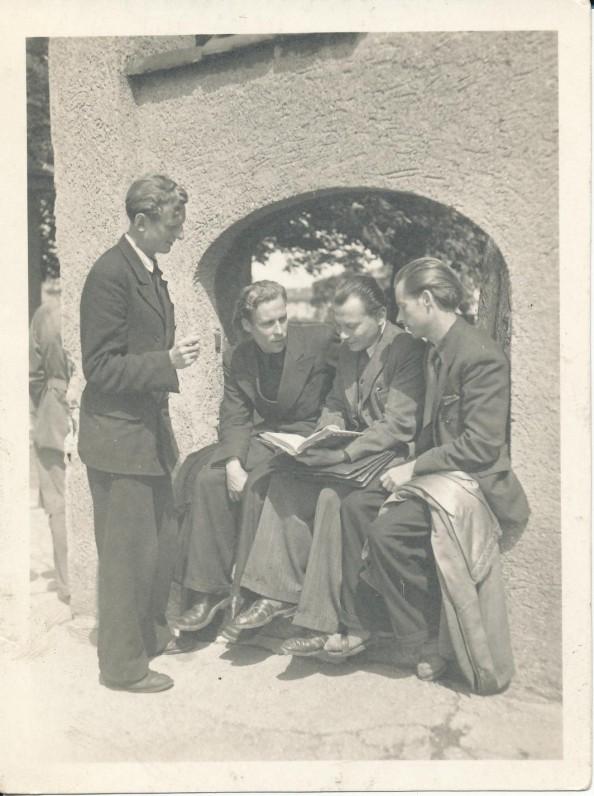 LRDT suvažiavimo metu Augsburge. 1947 07 11–12. J. Kaupas, H. Nagys, K. Bradūnas, A. Nyka-Niliūnas