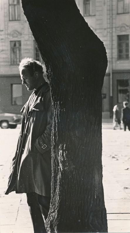 """Prieš išleidžiant antrąją novelių knygą """"Rugsėjo paukščiai"""". 1966 m."""