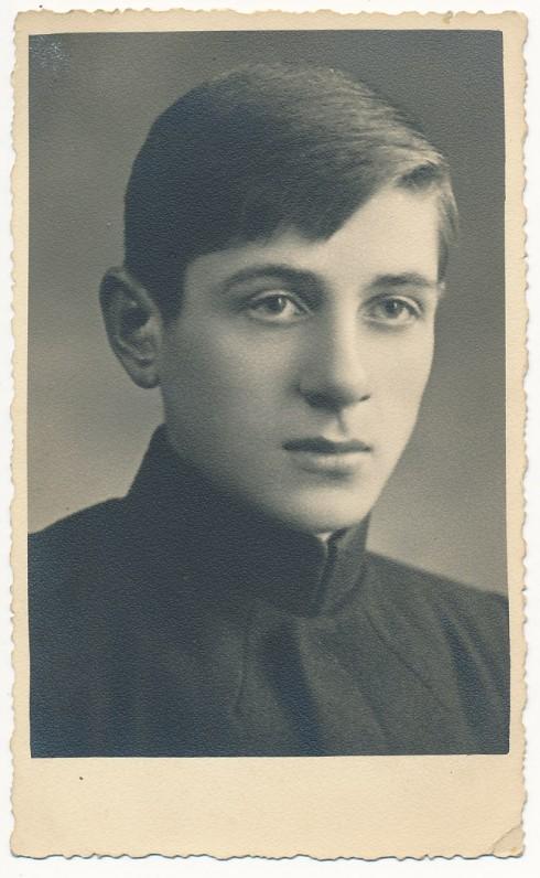 Vytautas Mačernis, apie 1937