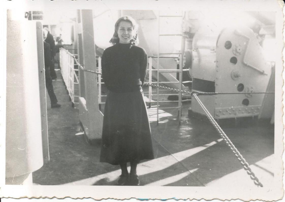 Z. Nagytė laive, plaukiant į Ameriką. 1949 m.
