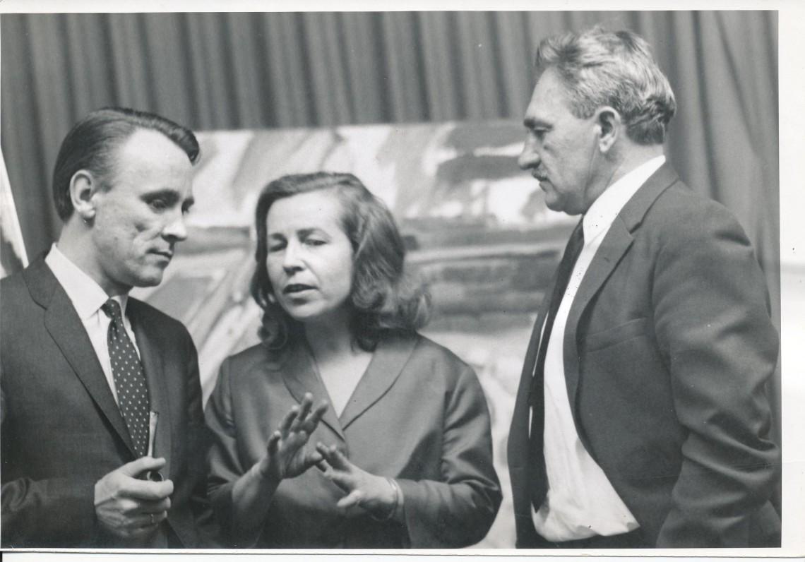 Z. ir M. Katiliškiai su latvių poetu Gunars Salins. Čikaga