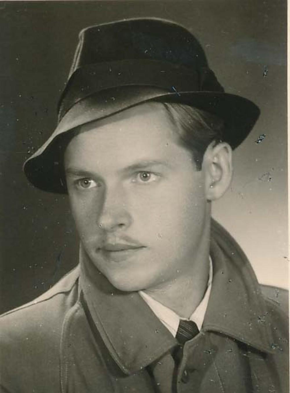 A. Nyka-Niliūnas. Vilnius, 1942 m.