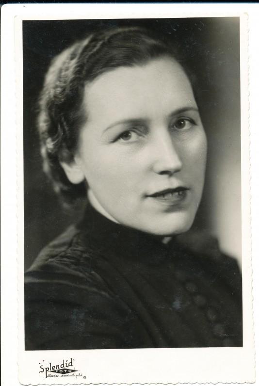 Apie 1940 m.
