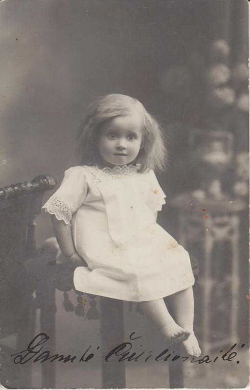 Danutė Čiurlionytė. Apie 1912 m.