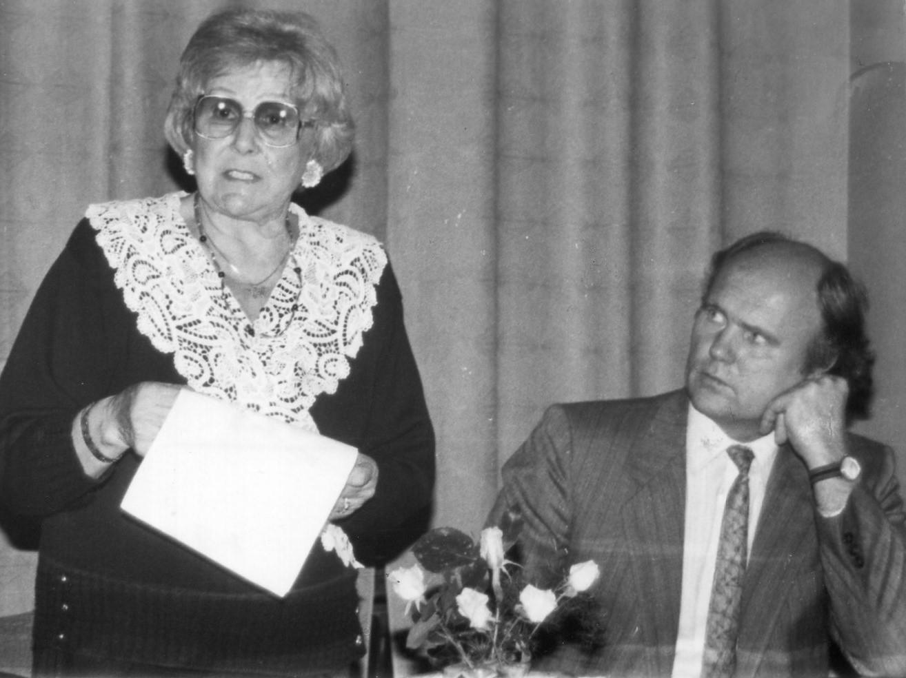 J. Švabaitė, V. Sventickas renginio metu Vilniuje. 1991 m.
