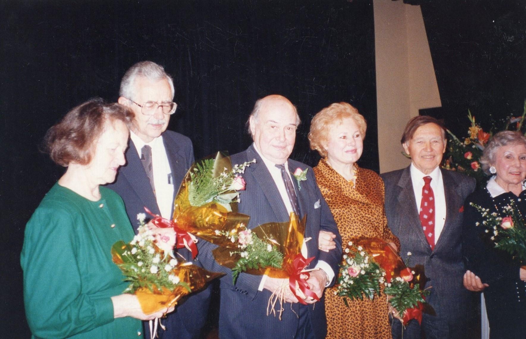 J. Švabaitė su kolegomis literatūrinėje popietėje. Los Andželas. 1991 12 08
