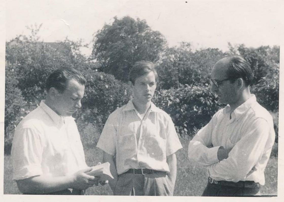 K. Bradūnas, A. Nyka-Niliūnas, H. Radauskas. Baltimorė, 1951 m.
