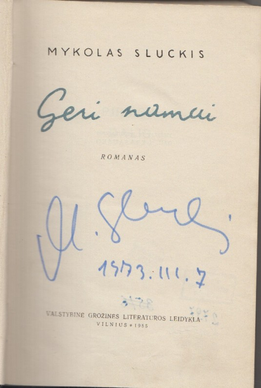 Knyga su autoriaus parašu