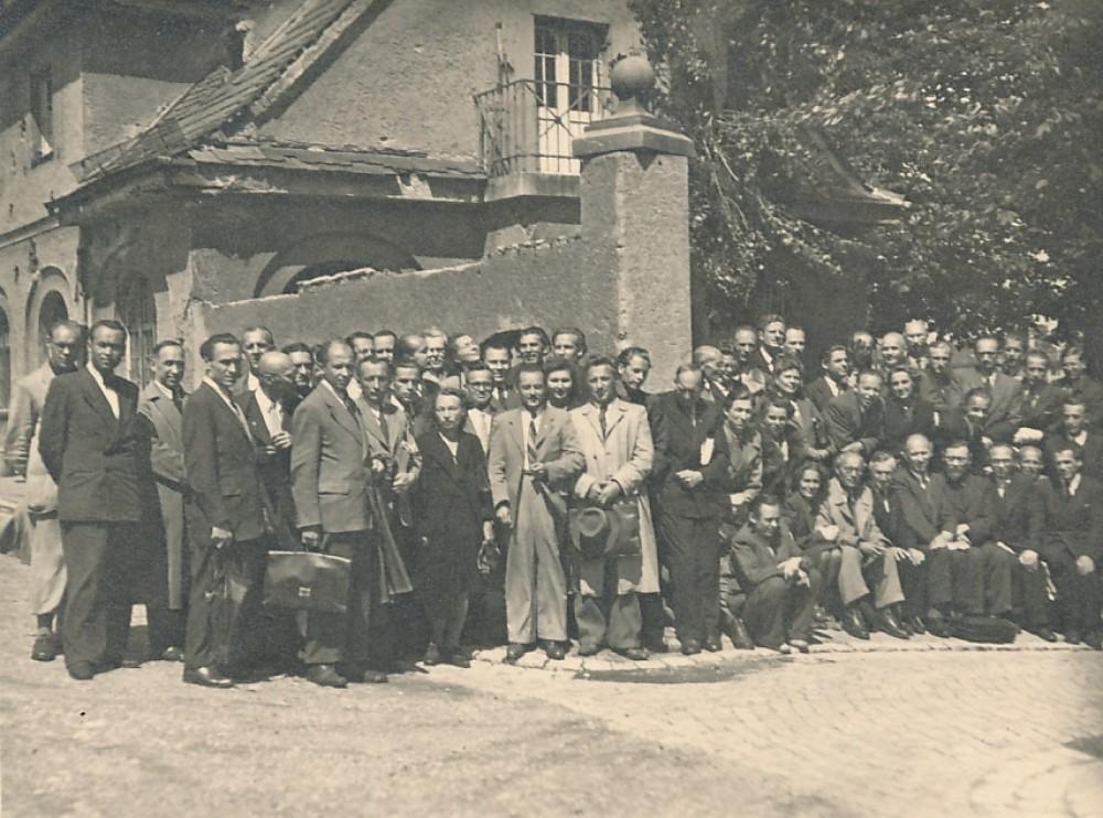 LRD suvažiavimo metu. Augsburgas, 1947 m. liepos 11–12 d.