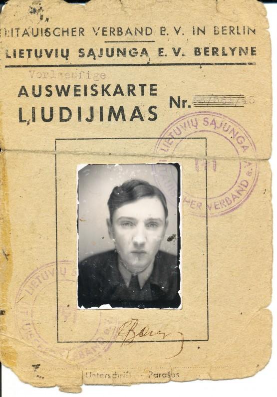Lietuvių sąjungos Berlyne liudijimas, išduotas A. Baronui. 1945 m.