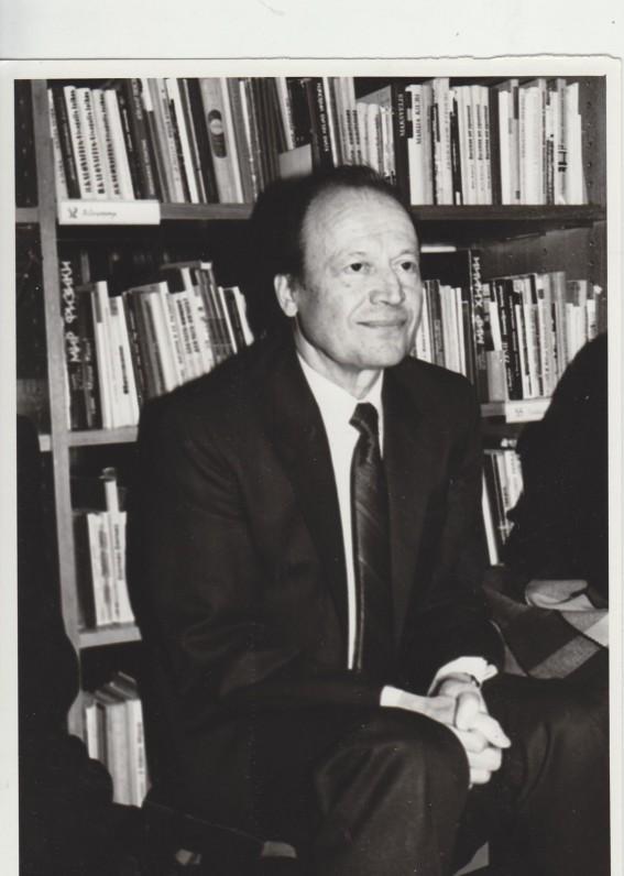 M. Vainilaičio 60-mečio minėjimas M. Mažvydo bibliotekoje 1993 01 22