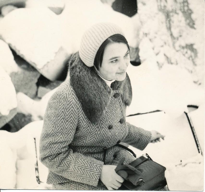 Onė Baliukonė prieš pasirodant pirmajai knygai. Vilnius, 1970 m.