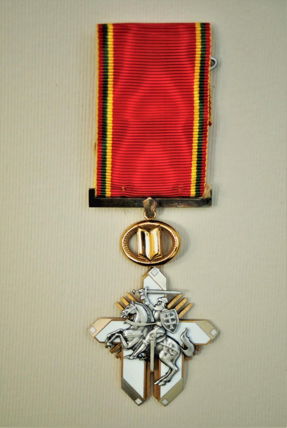 """Ordino """"Už nuopelnus Lietuvai"""" Riterio kryžius. 2006 01 10"""