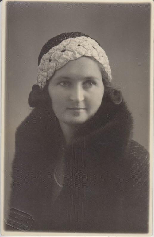 Petronėlė Orintaitė. 1932 m.