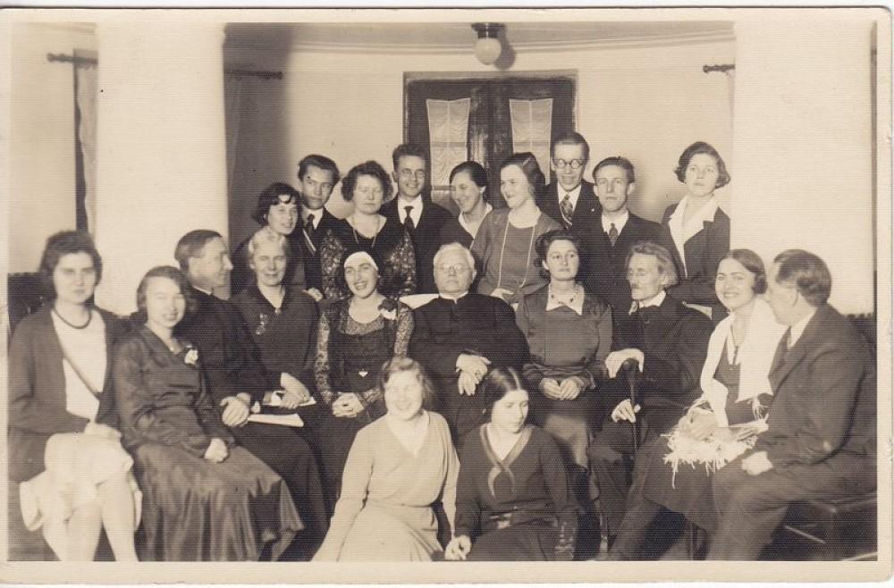 Pirmasis lietuvių moterų literatūros vakaras