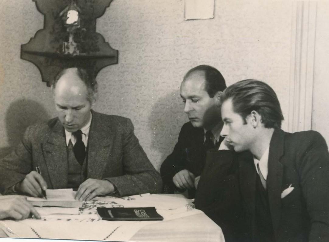 S. Santvaras, H. Radauskas, A. Nyka-Niliūnas. Freiburgas, 1947 m.