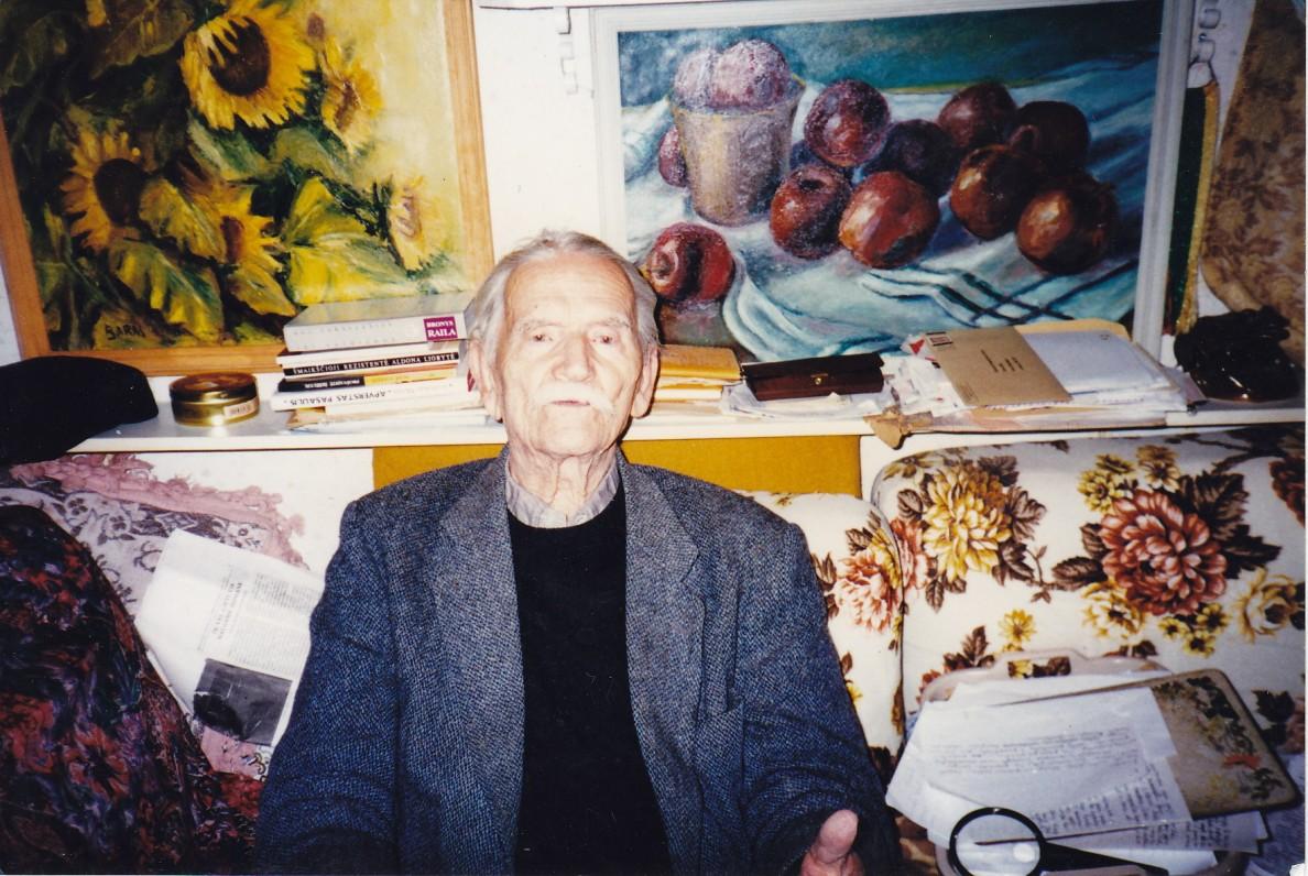 Savo namuose. Apie 2005 m.