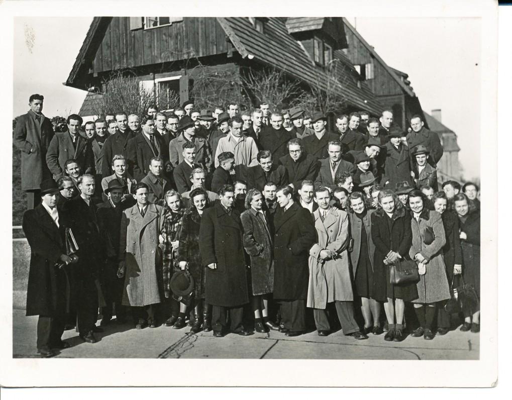 Studentų suvažiavimas Heidelberge. 1948 m. A. Baronas – antroje eilėje, iš dešinės antras