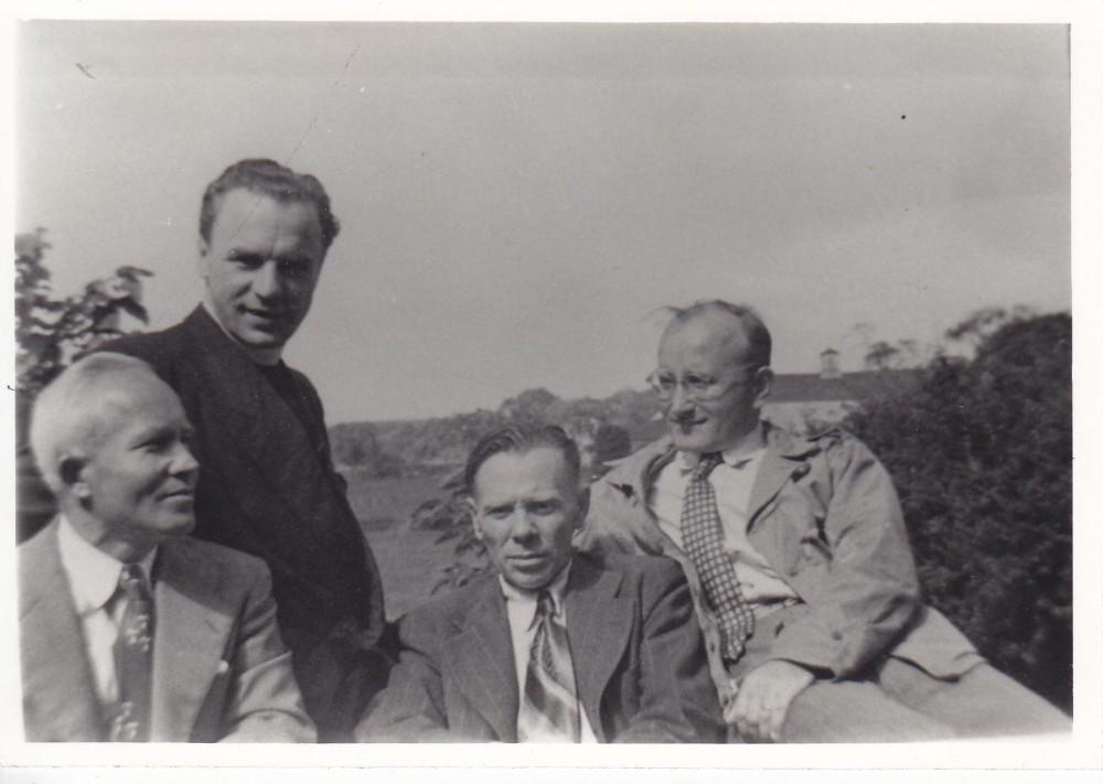 Su bičiuliais Putname. 1951 m. A. Kučas, kun. S. Yla, J. Aistis, A. Vaičiulaitis