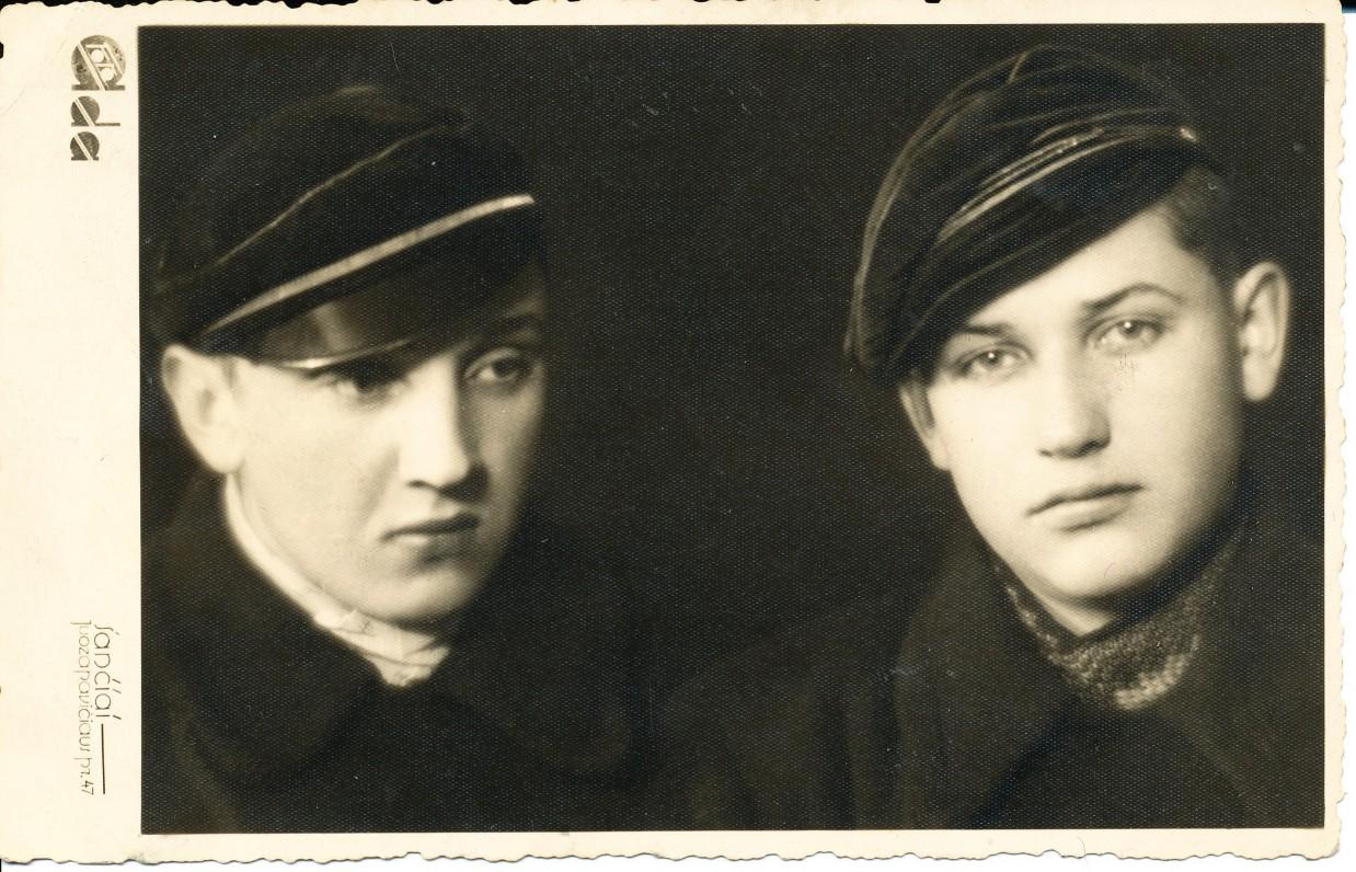 Su broliu Benjaminu. Kaunas. 1939 m.