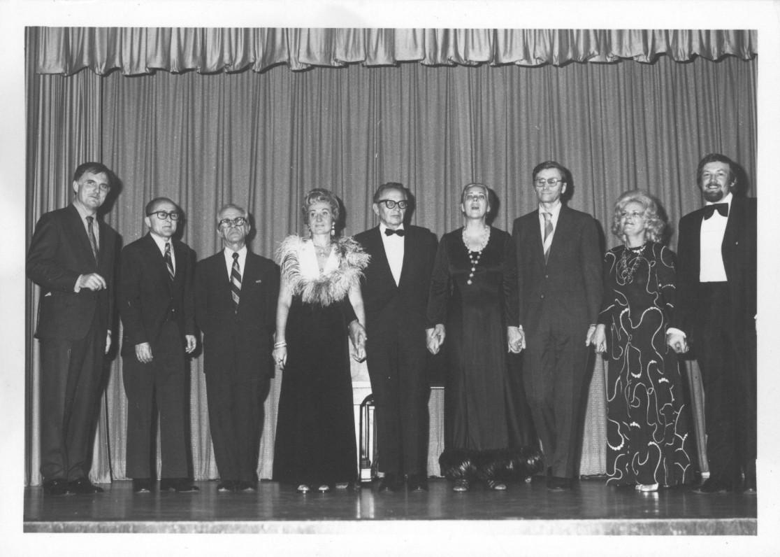 Su renginio Los Andžele dalyviais. Iš dešinės trečias – A. Landsbergis. 1974 m. L. Kanto nuotrauka