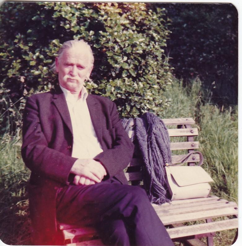 Trumpą poilsio akimirką. Kew Gardens. 1980 m.