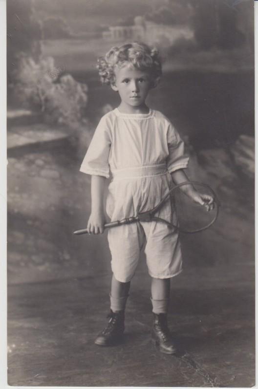 """V. Jonynas – """"Vyturiukas"""". Tokiu švelniu vardu buvo vadinamas namiškių ir artimųjų. Kaunas. 1922 m."""