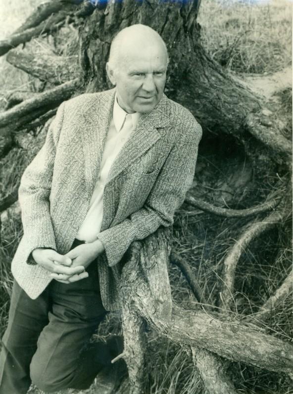 V. Miliūnas. Nida, 1975 m. Nuotrauka B. Aleknavičiaus