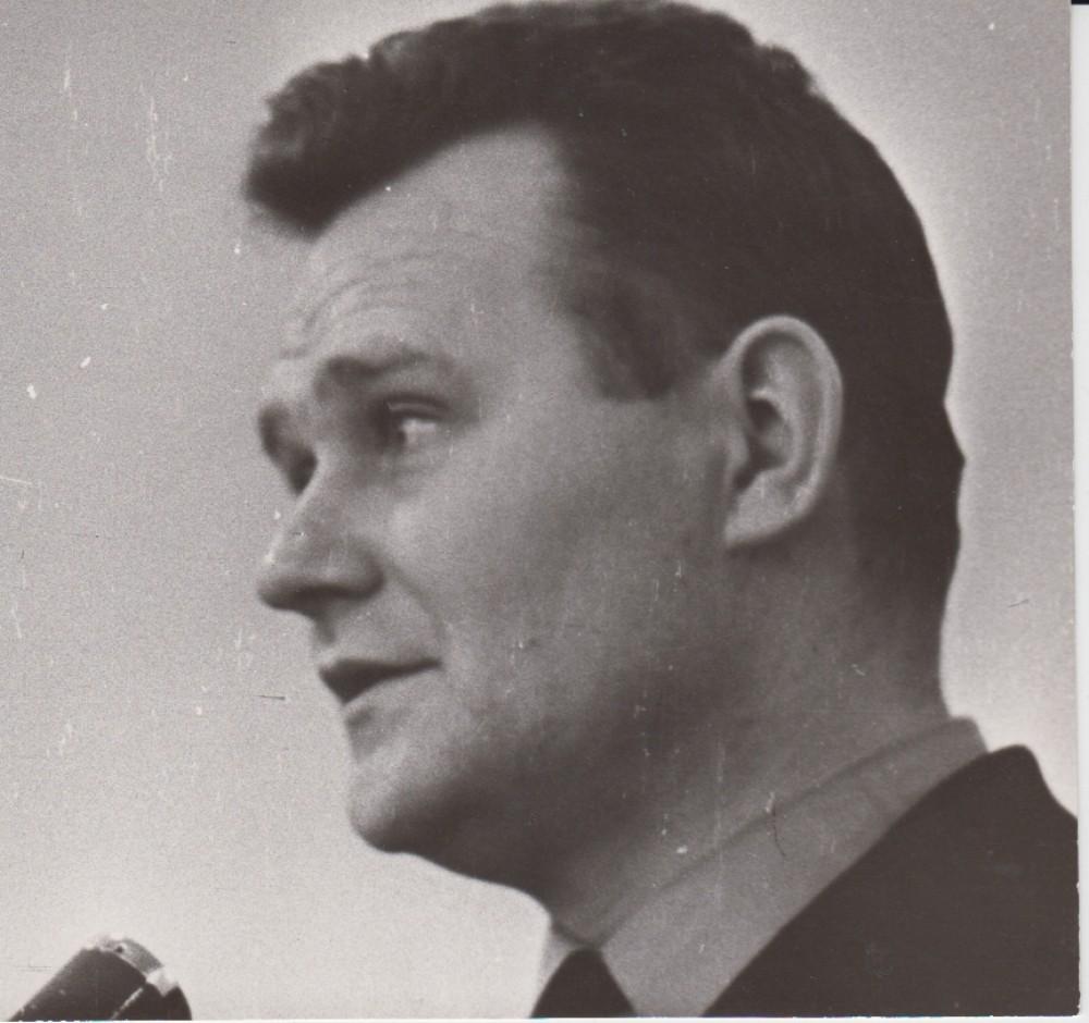 V. Petkevičius, 1975 m.