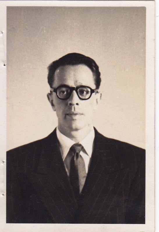 V. Šlaitas – Anglijoje gyvenęs poetas. Jo ir K. Barėno draugystė, prasidėjusi Vokietijos stovyklose, tęsėsi ilgus metus. Mančesteris. 1951 m.