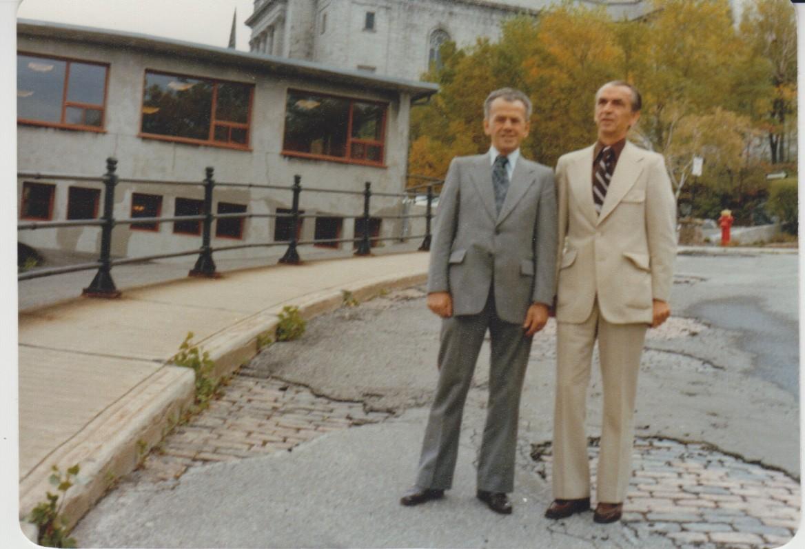Vytautas su broliu Kęstučiu. Montrealis. Apie 1980 m.