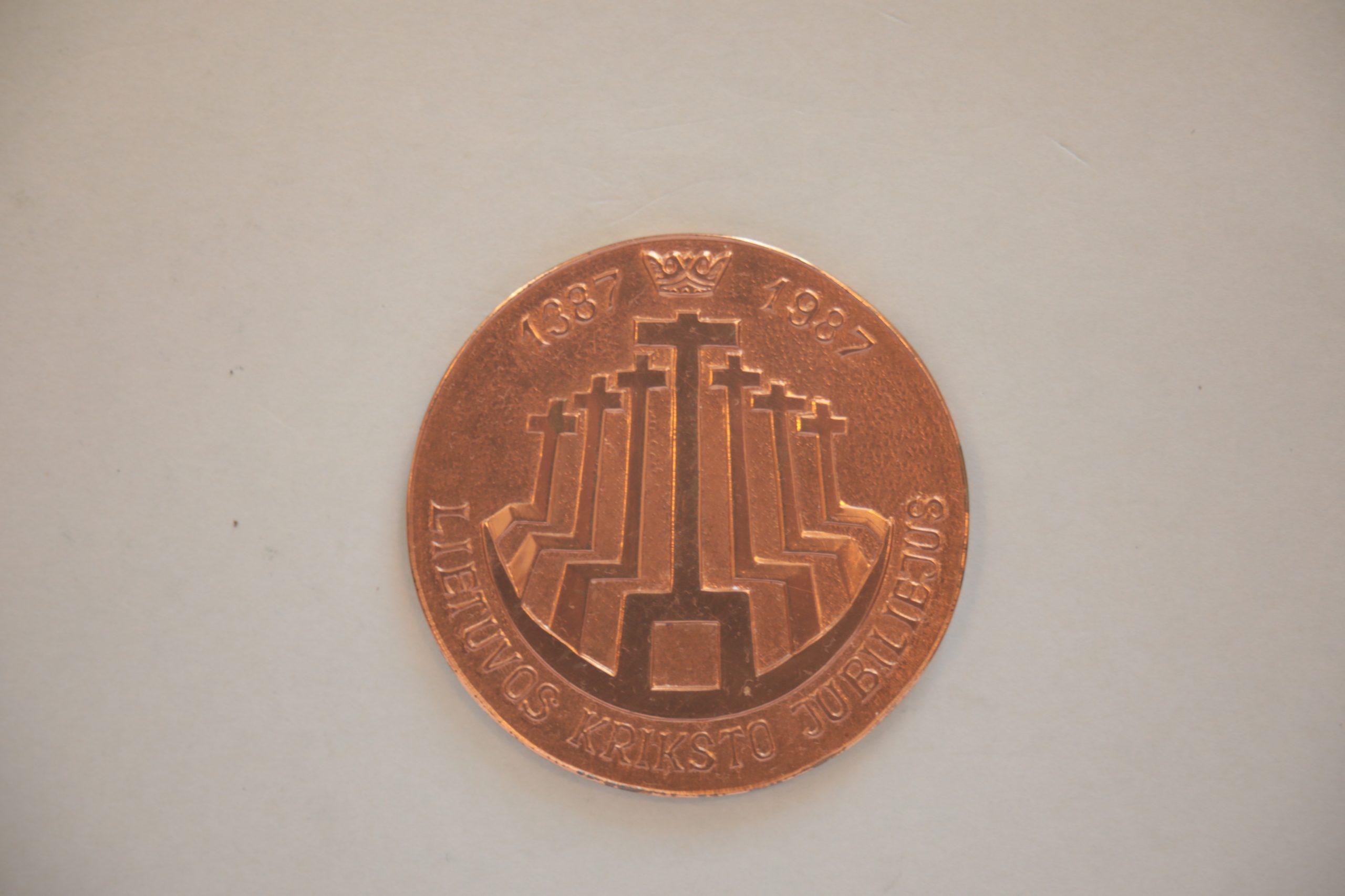 Medalis. Lietuvos krikšto jubiliejus. Metalas. Autorius nežinomas